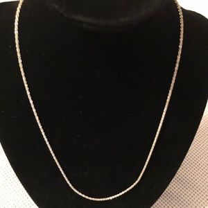 Jewelry - Sterling Silver Diamond Cut Necklace